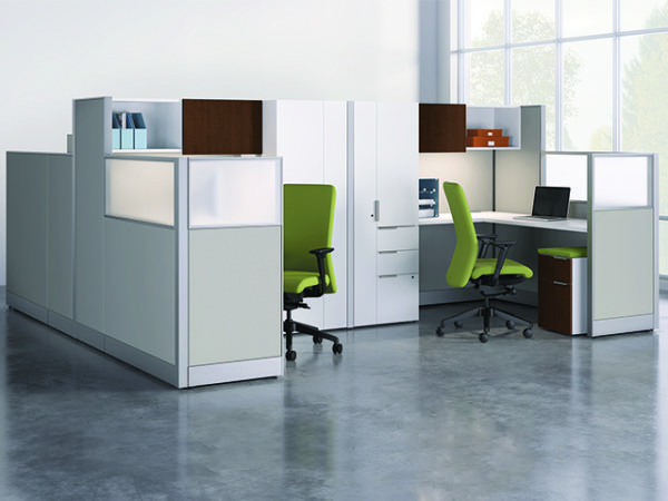 on accelerate workstations high panels semi private