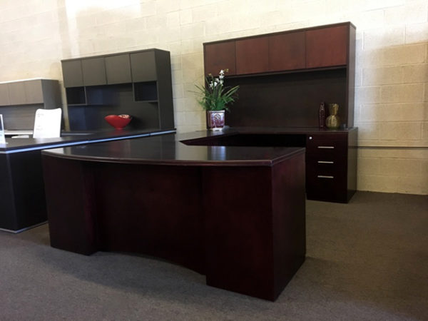 case-innovations-veneer-desk-set-with-hutch