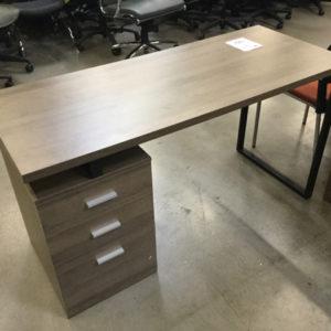 Single ped desk