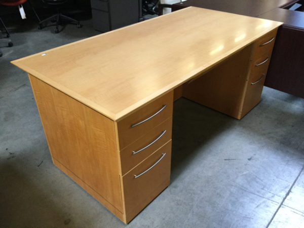 Maple executive desk set